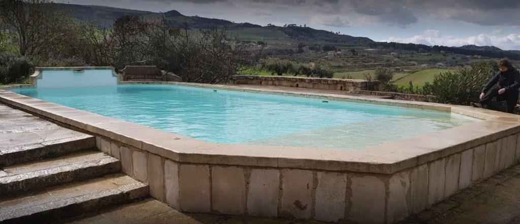 masseria mandrascate - piscina